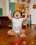 Body Bebê Manga Curta Sorvetes com Guarda-Sóis