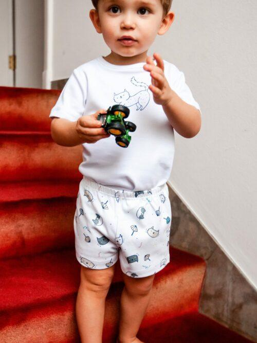 Pijama Infantil Manga Curta e Short Gatos com Guarda-Sóis