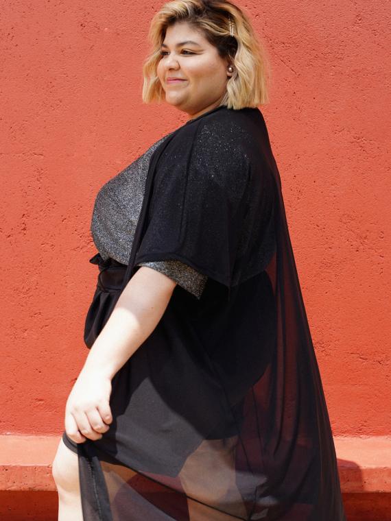 ALT-Essencia-Kimono-Tule-Preto-Plus-Size-4