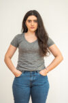 Camiseta Sustentável Decote V Feminina Jacarandá