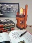Luminária Industrial em Madeira Moderna com Lâmpada Amostra Fio Vinho