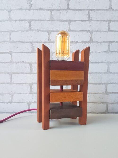 Luminária Industrial em Madeira Moderna com Lâmpada Amostra Fio Rosa